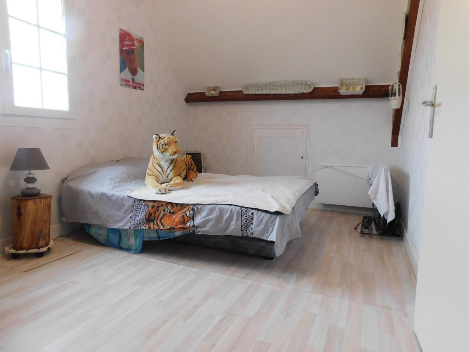 Vente Maison 6 pièces avec chambre et salle de bain au rdc
